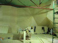 Построенный скалодром перед покраской